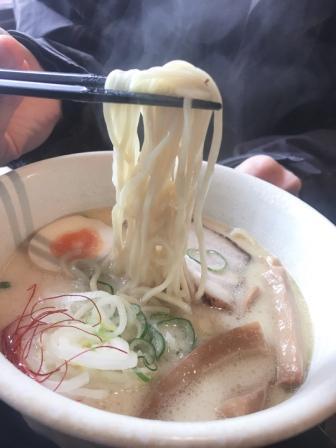 鶏白湯ラーメン!長野県産小麦100%のラーメンです。